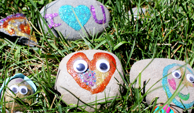 Decorate Your Pet Rock!